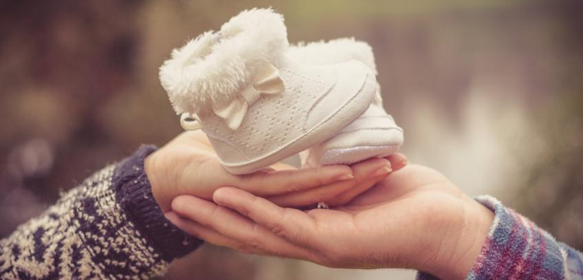 ciążą, pierwszy miesiąc ciąży